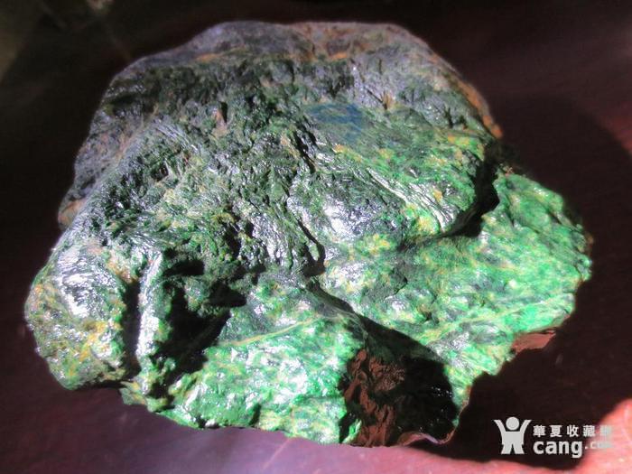 低售2斤多缅甸翡翠原石 干青色料赌石 113图1