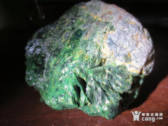低售2斤多缅甸翡翠原石 干青色料赌石 113图4