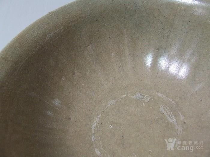 出水的南宋刻纹龙泉大碗图10
