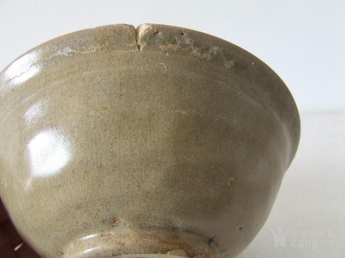 出水的南宋刻纹龙泉大碗图8