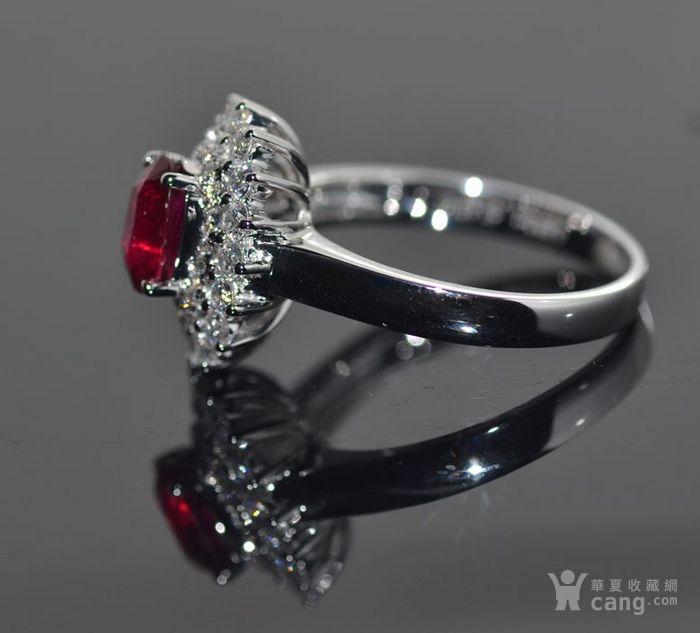 中检证书 0.992克拉天然鸽血红红宝石18K白金伴钻石戒指图4
