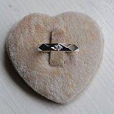 钻戒 18K金镶天然南非钻石戒指 7分裸钻 男士秀气款式