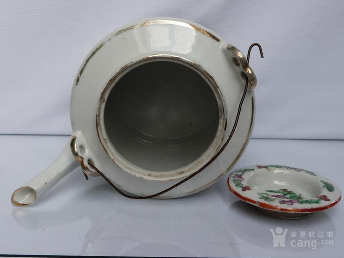 晚清民国名家制作粉彩瓷茶壶图8