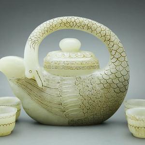 宏乐珠宝天然和田玉天鹅壶配四个杯子清代玉壶 手工精品