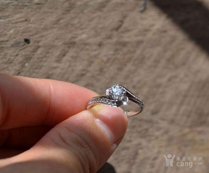 女款钻戒 18K金镶天然南非钻石戒指 32分E色VS1净度图3