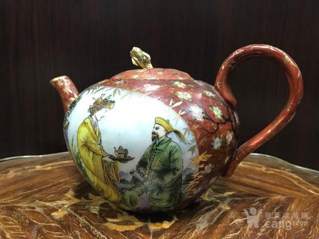 7229 民国 粉彩描金人物茶壶图1