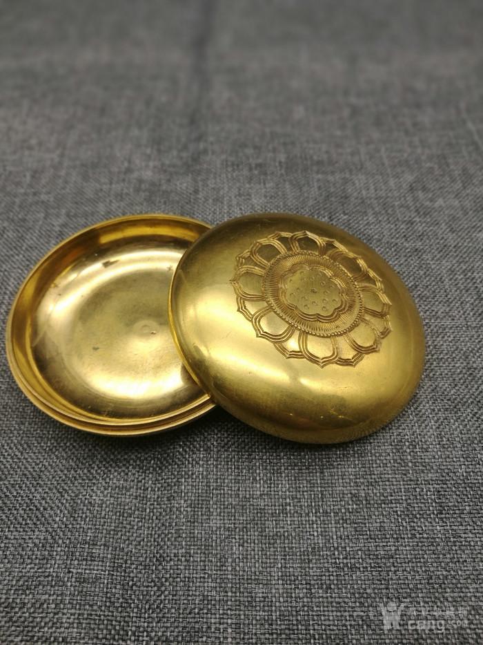 清铜鎏金莲花香盒图5