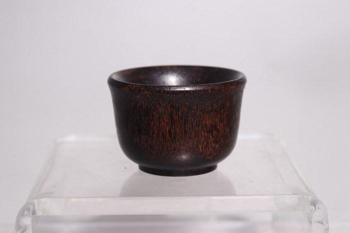 明代   稀有材质马蹄酒杯图4