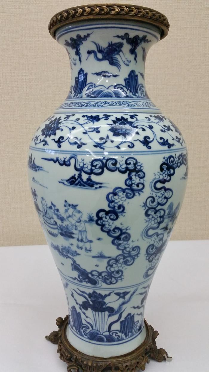 明青花瓶图3