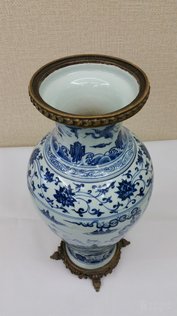 明青花瓶图9