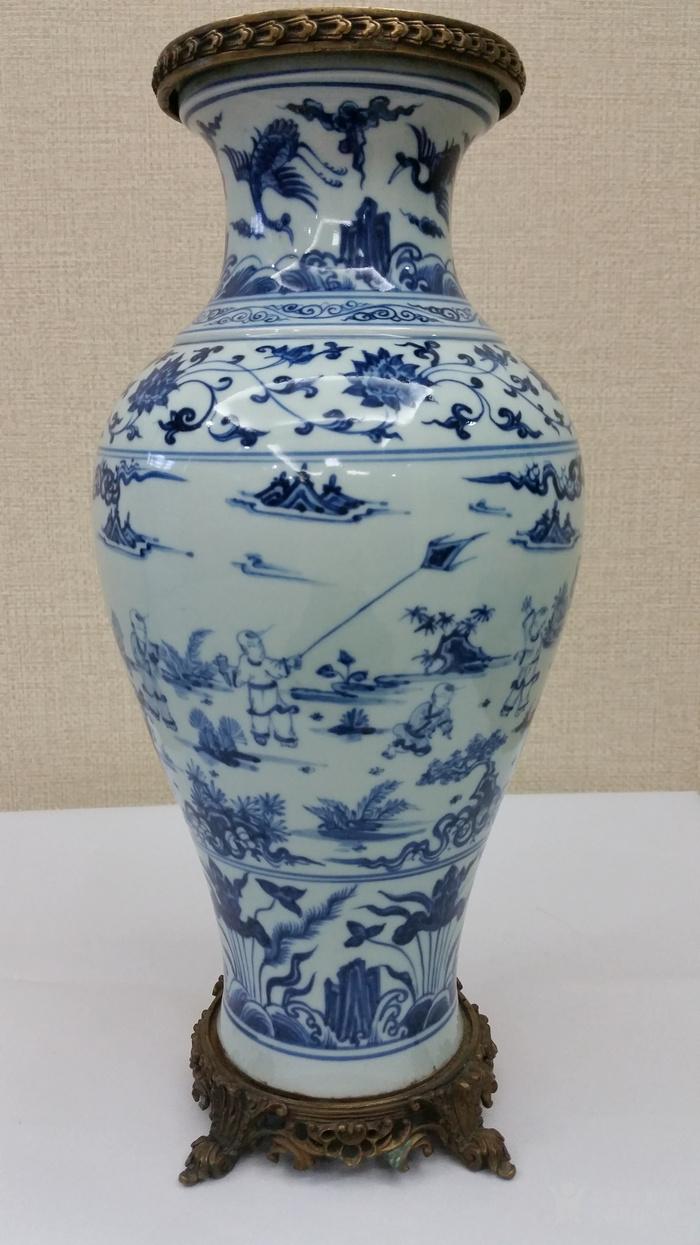 明青花瓶图10