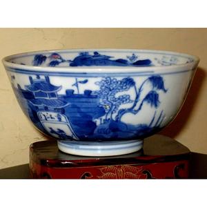 清中晚期青花碗