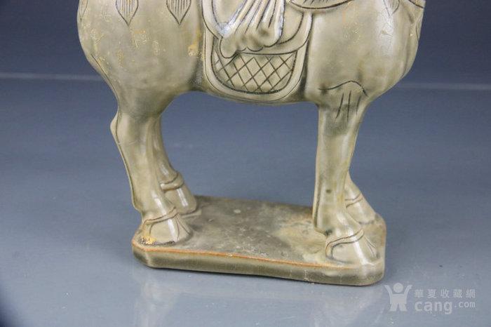 越窑青瓷瓷雕塑马摆件