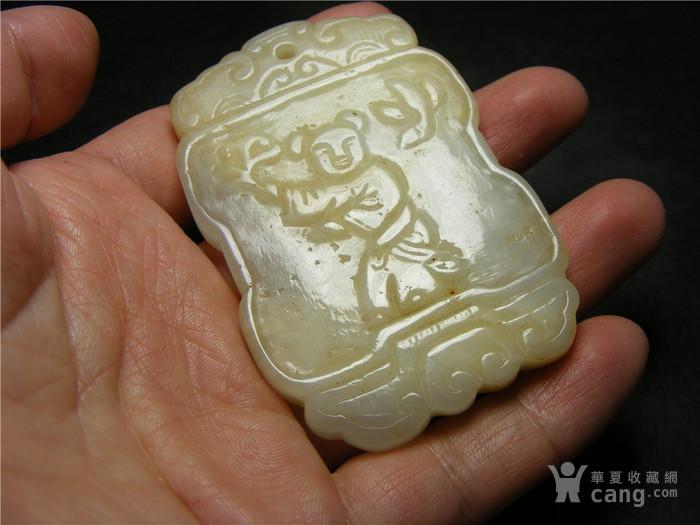 老坑A货白种翡翠带沁带棉双面工手工雕执灵芝童子福字大牌图3
