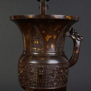 清十八世纪 铜洒金饕餮纹��