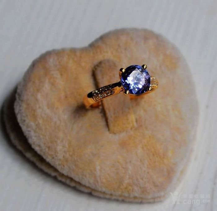 坦桑石钻戒 天然坦桑石镶南非钻石18K黄金女款钻戒图4