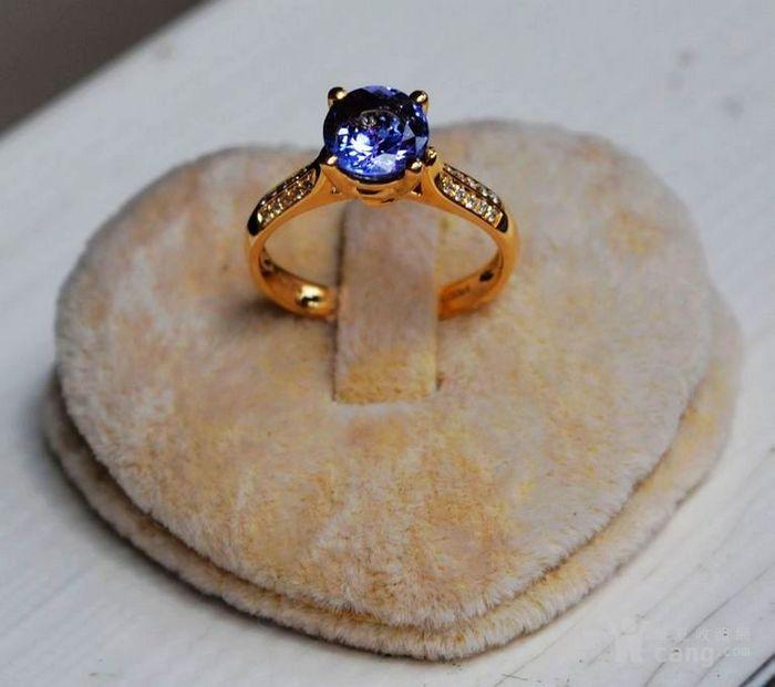 坦桑石钻戒 天然坦桑石镶南非钻石18K黄金女款钻戒图5