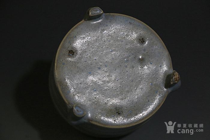 宋.月白釉三足香炉图8