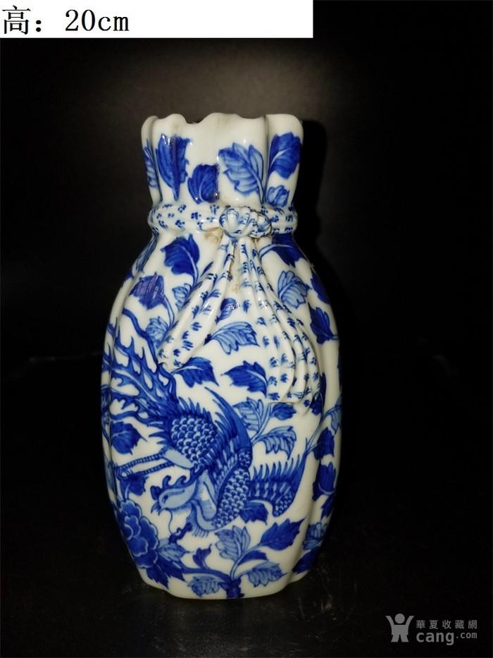 青花鸟布袋瓶子图1