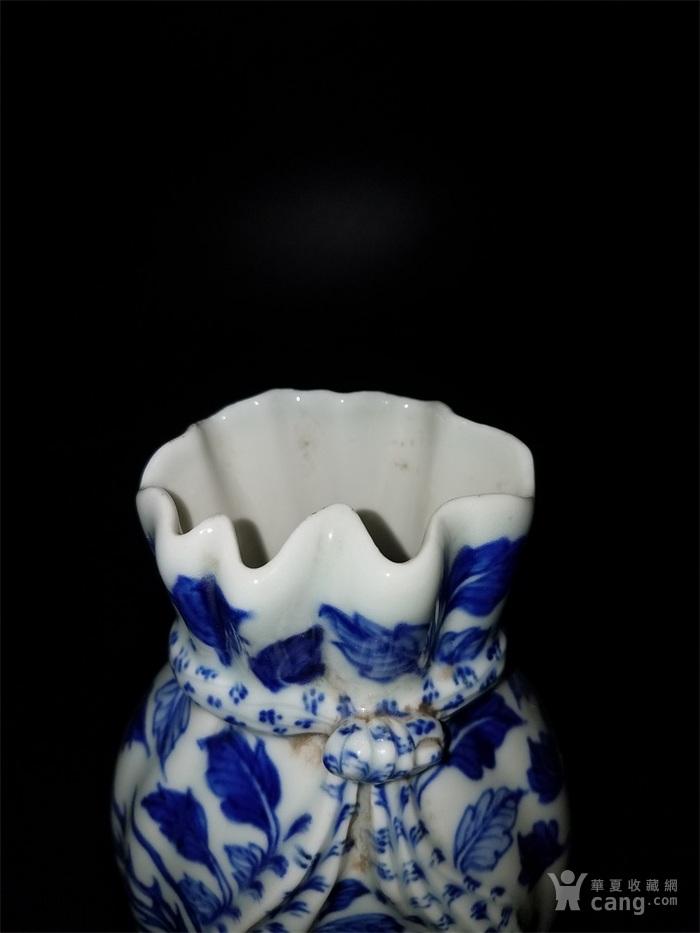 青花鸟布袋瓶子图3