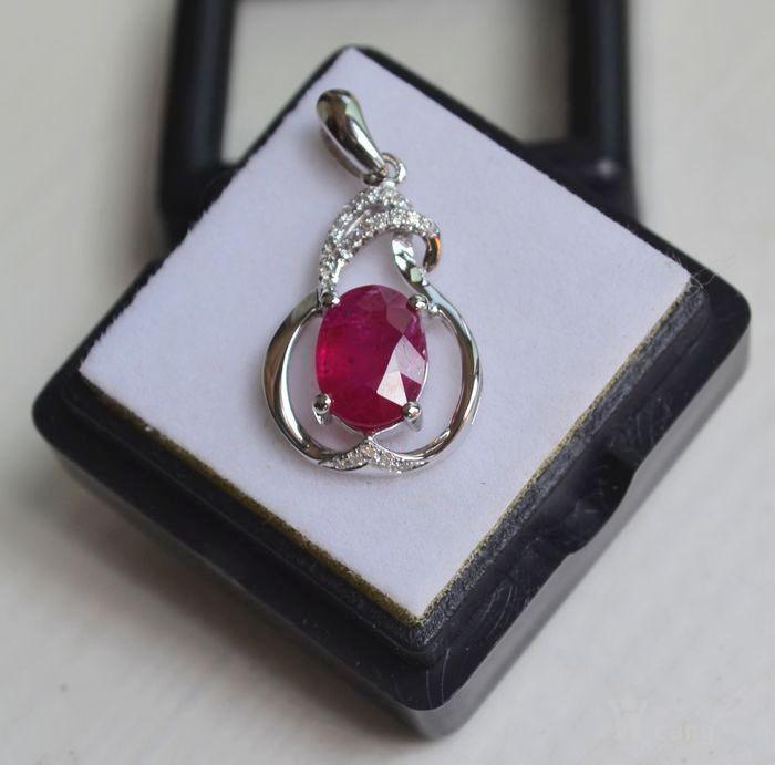 红宝石吊坠 纯天然缅甸抹谷红宝石18K金镶钻石吊坠图5