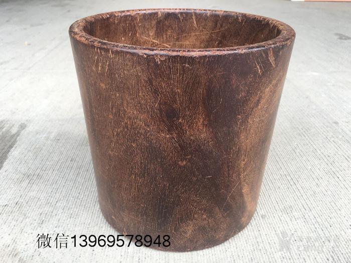 清代早期海南黄花梨文房大笔筒图1
