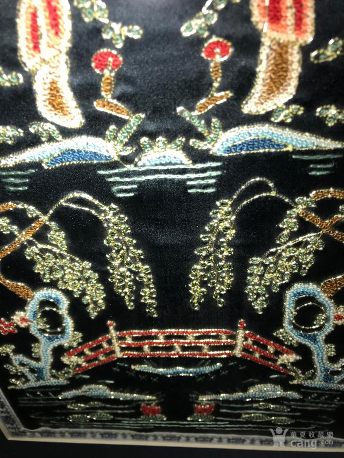人物风景老刺绣一件,带镜框,系民国或解放初期的作品