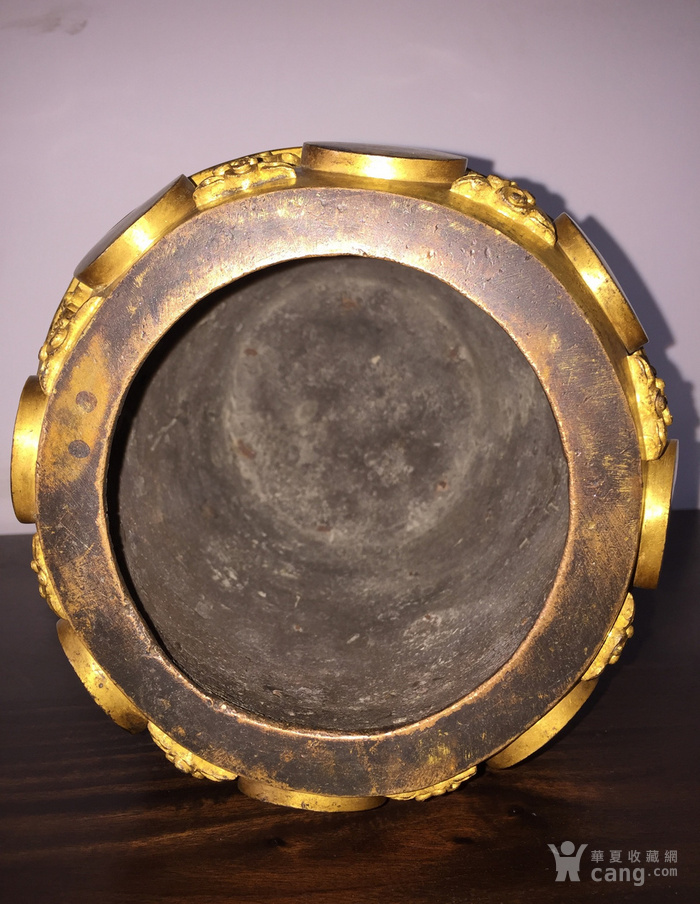 清乾隆八年铜鎏金编钟图2