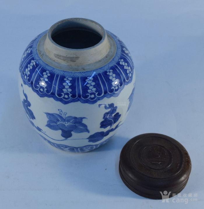 清康熙 蕉叶花卉纹木盖茶罐图2