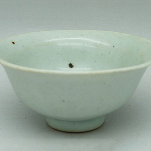 枢府窑卵青釉杯子