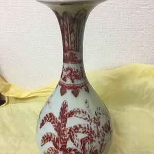 明代釉里红玉壶春瓶