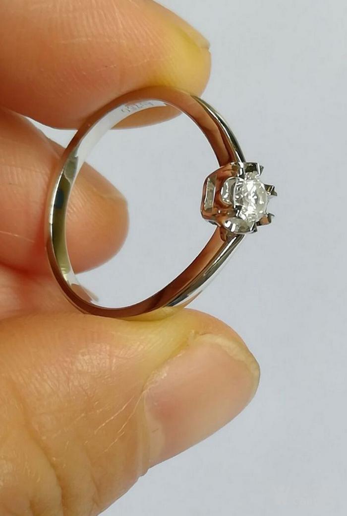 女款钻戒 18K金镶天然南非钻石心型戒指 22分SI1净度图5