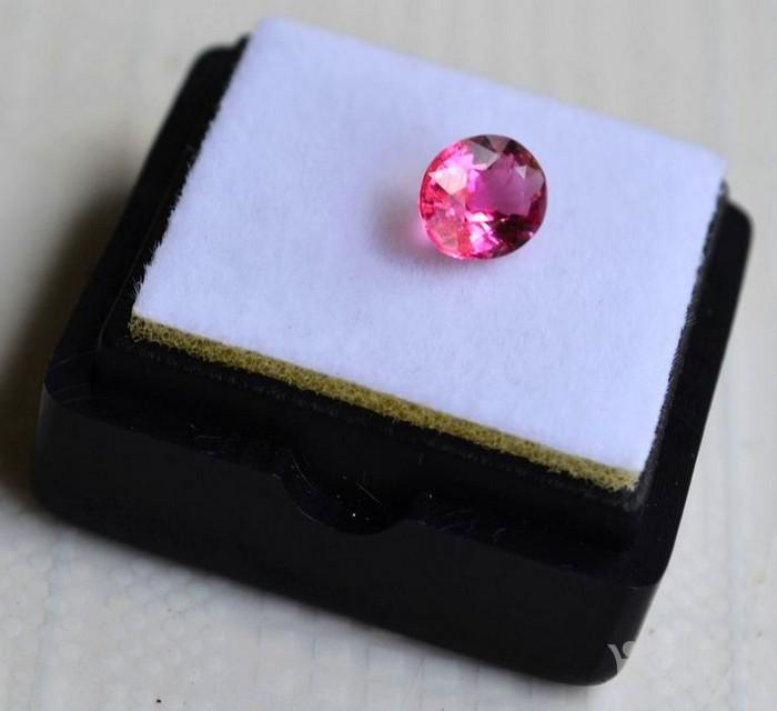 粉红色碧玺 莫桑比克纯天然粉红色碧玺1.05克拉图3
