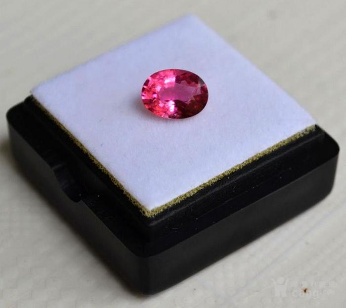 粉红色碧玺 莫桑比克纯天然粉红色碧玺1.05克拉图1