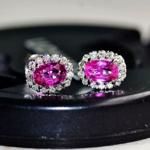 红宝石耳钉 18K金镶天然红宝石耳钉 戴安娜王妃同款