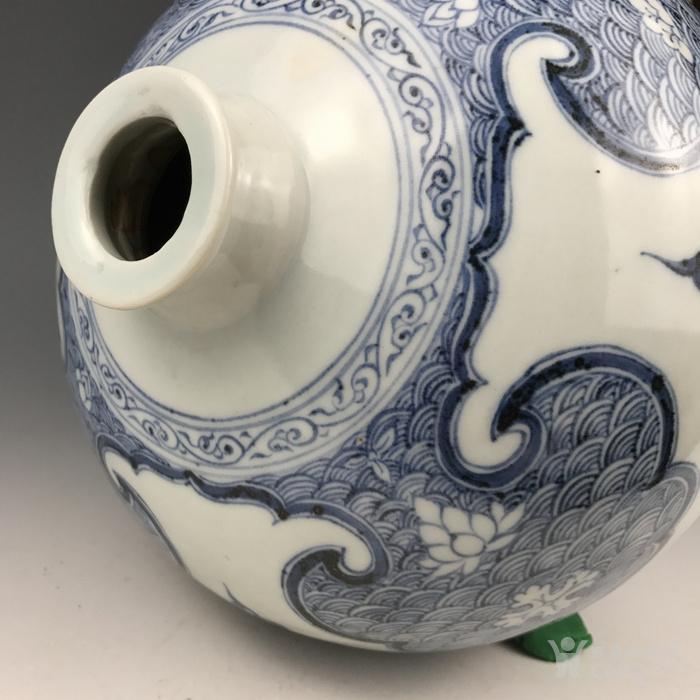 元代 青花缠枝牡丹纹梅瓶图6