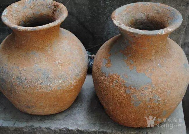 汉水波纹陶瓶图2