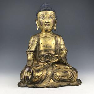 明代 鎏金铜释迦摩尼坐像