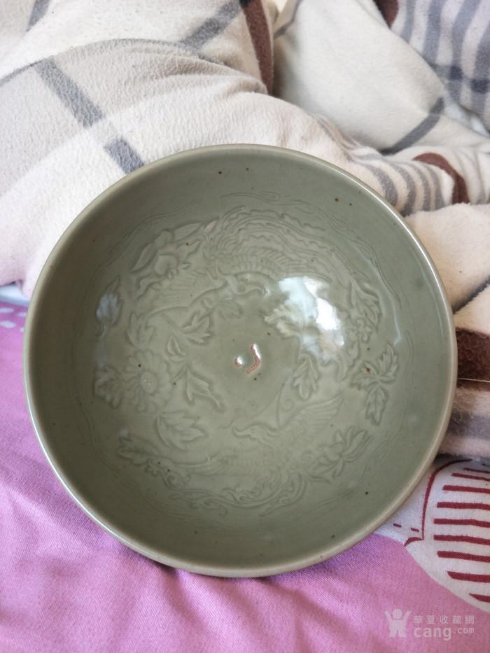 明早期龙泉窑双凤花纹碗图8
