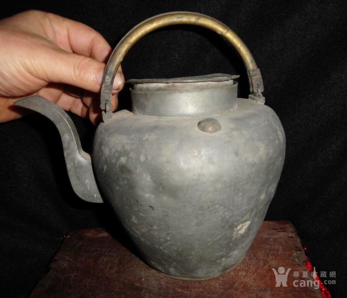 清传世双精铜提把.老锡茶壶。图1