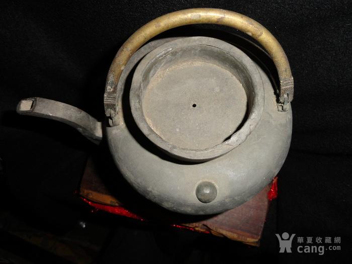 清传世双精铜提把.老锡茶壶。图2