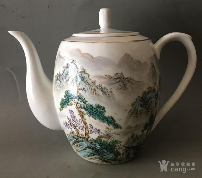 景德镇老瓷茶壶图1