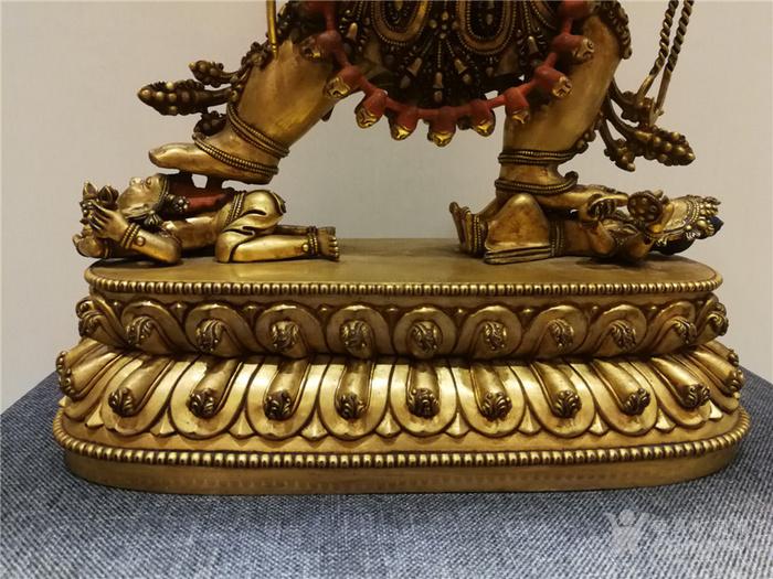 大明永乐铜鎏金佛像图3