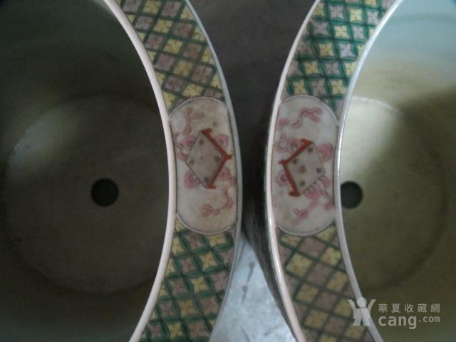 清代粉彩团寿纹花缸一对图6