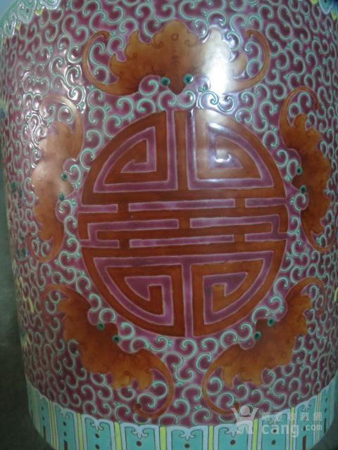 清代粉彩团寿纹花缸一对图4