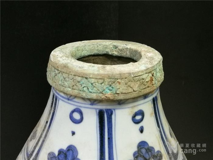 青花包铜口葫芦瓶图6
