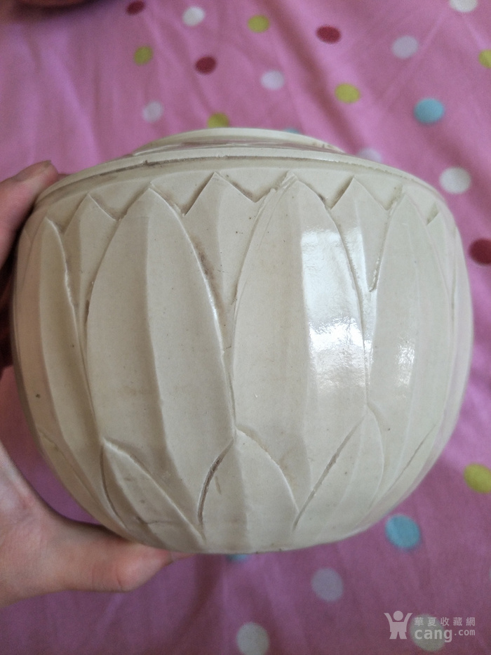 定窑莲瓣纹盖罐图5