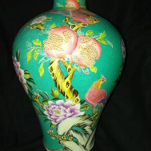 150件松绿花开富贵扒花梅瓶