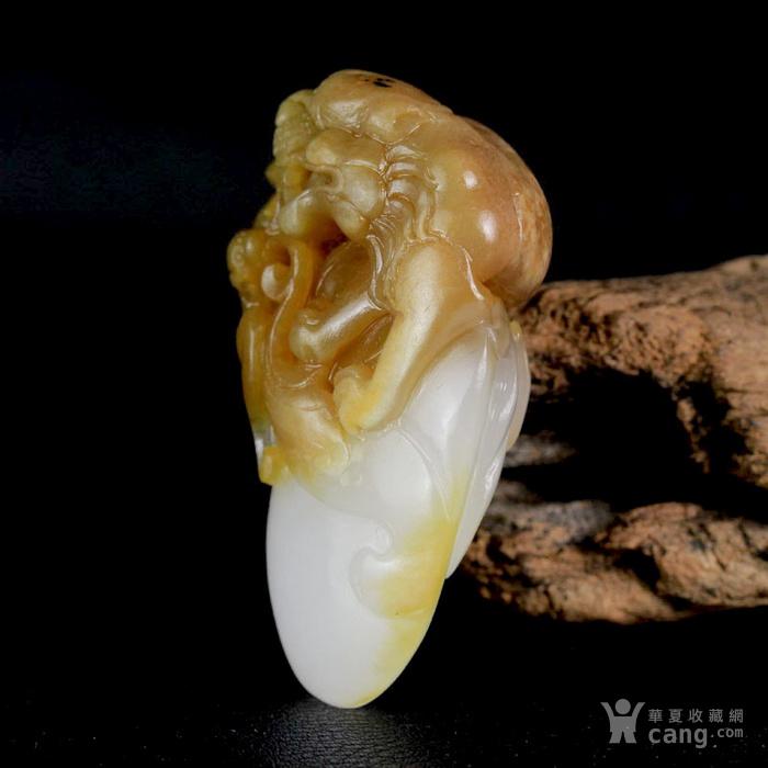 新疆和田玉油皮籽料白玉辟邪灵兽貔貅把件图5