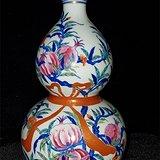斗彩石榴纹葫芦瓶